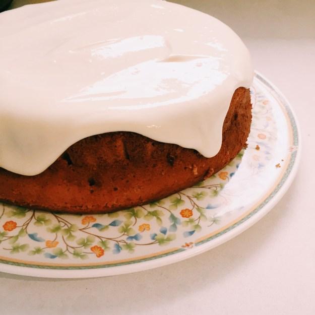 Blood orange cake with greek yoghurt icing