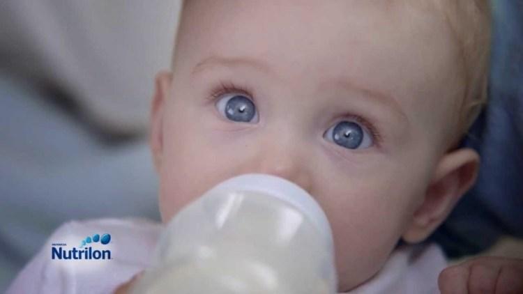 Borst of flesvoeding_borstvoeding-of-flesvoeding-voordelen-bortsvoeding-voordelen-flesvoeding