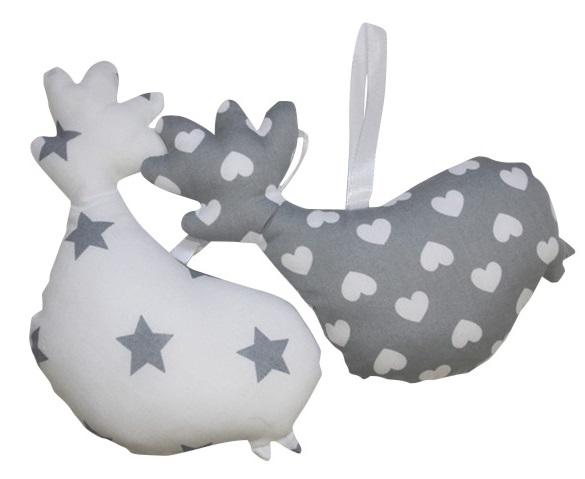Roozje-stoffen-vogeltjes-leuke-lifestyle-accessoires-voor-de-babykamer