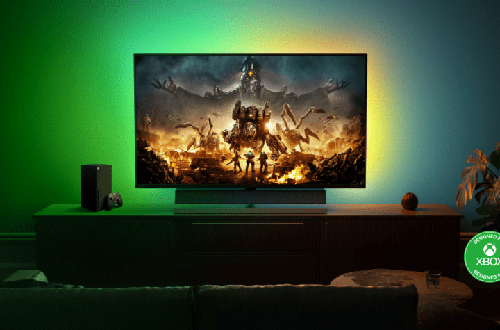 Philips Momentum, The World's First Monitor Designed for Xbox | Good Guy Gadgets