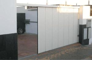 puerta-garaje seccional apertura lateral