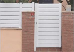 Puerta peatonal PVC