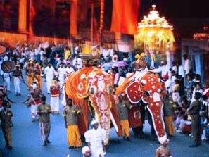 sri lanka poya day (1)