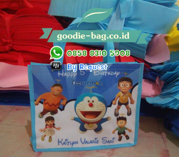 Tas Ulang Tahun Anak Doraemon