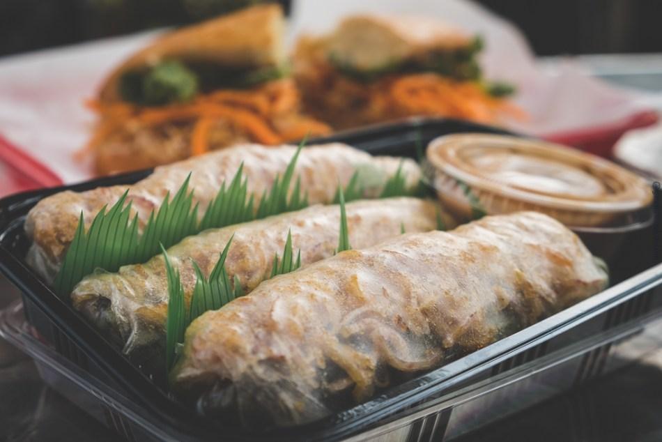 crispy tofu spring rolls