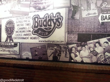 Buddy's Pizza Sign
