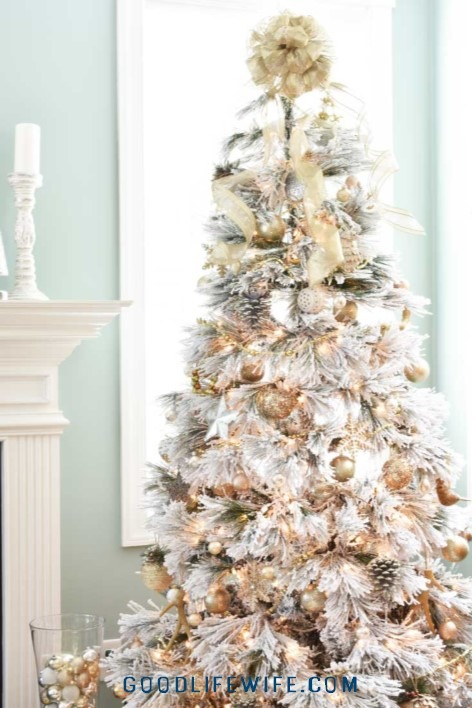 How to pick the best flocked Christmas tree!  Gorgeous gold, white and silver decorations.