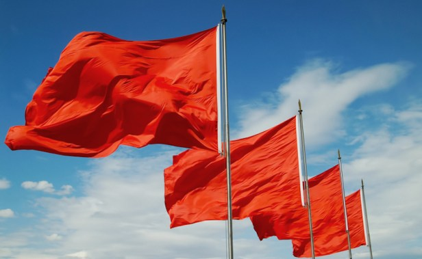 Stop Ignoring Those Relationship Red Flags - The Good Men Project