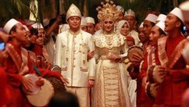 Pernikahan Pengantin Baru