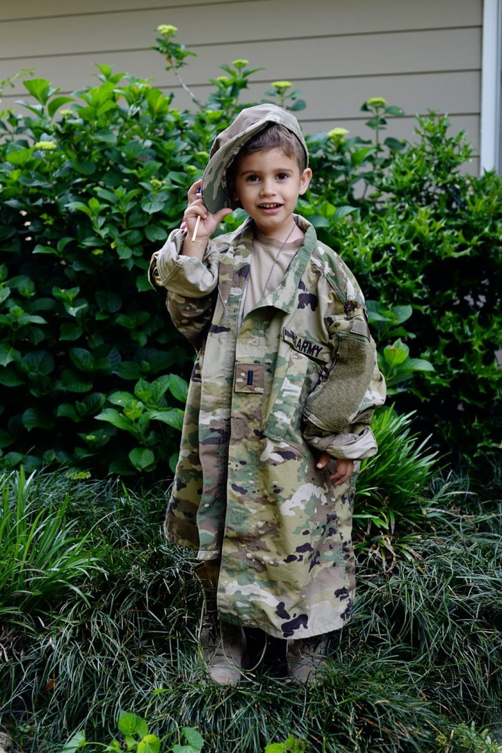 Army kids in dads uniform (6)