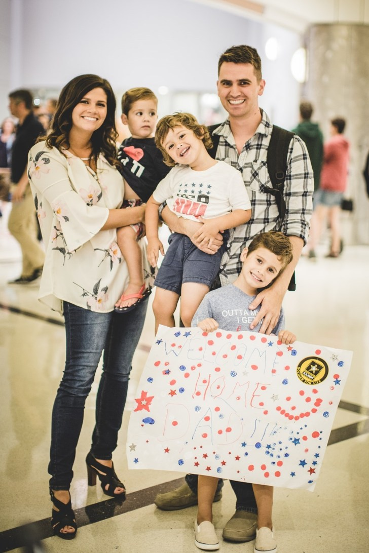 Atlanta Airport Military Welcome Home Photographer (53)