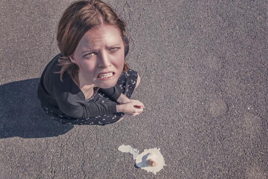 woman-dropped-fail-failure-large