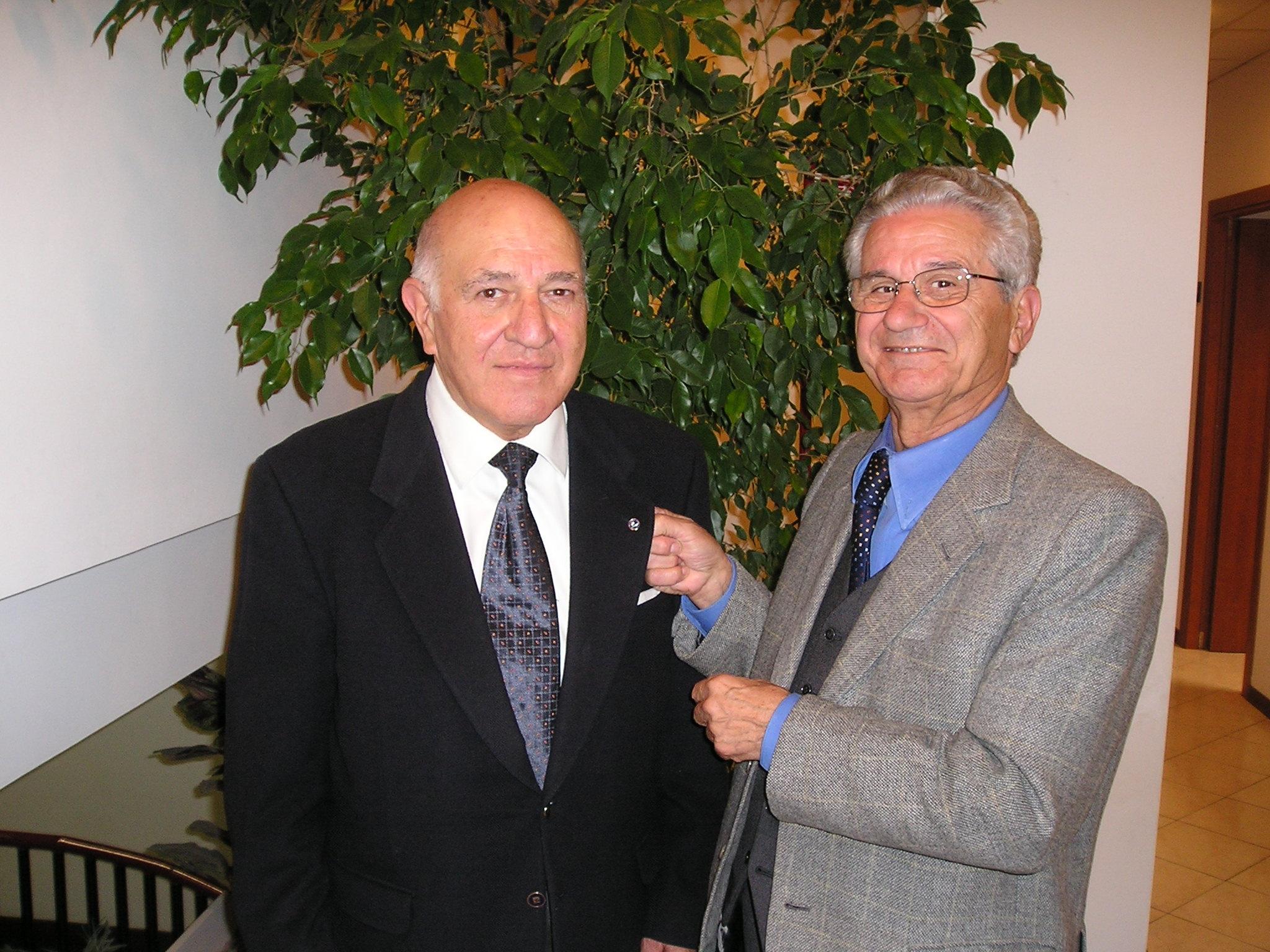 il cav. Agenore Tomassini e il comm. Elio Carletti presidente U.N.C.I. Cavalieri d'Italia sezione di Perugia