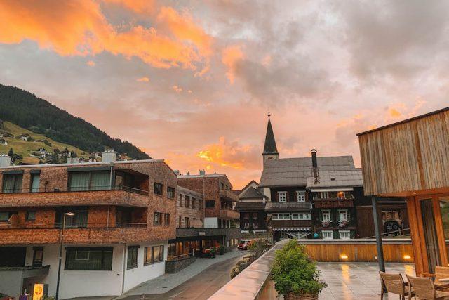 Sporthotel Silvretta Montafon zonsondergang