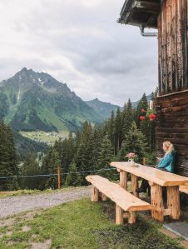 Wanderurlaub Oostenrijk Theaterwanderung Huette
