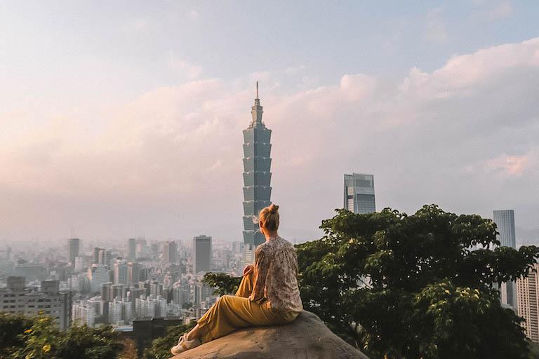 Taipei Sightseeing Elephant Mountain