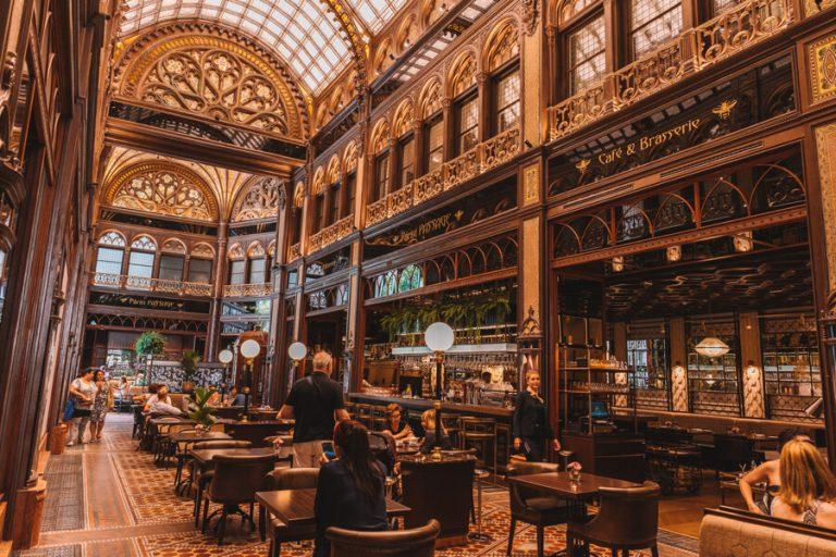Hotel Parisi Boedapest