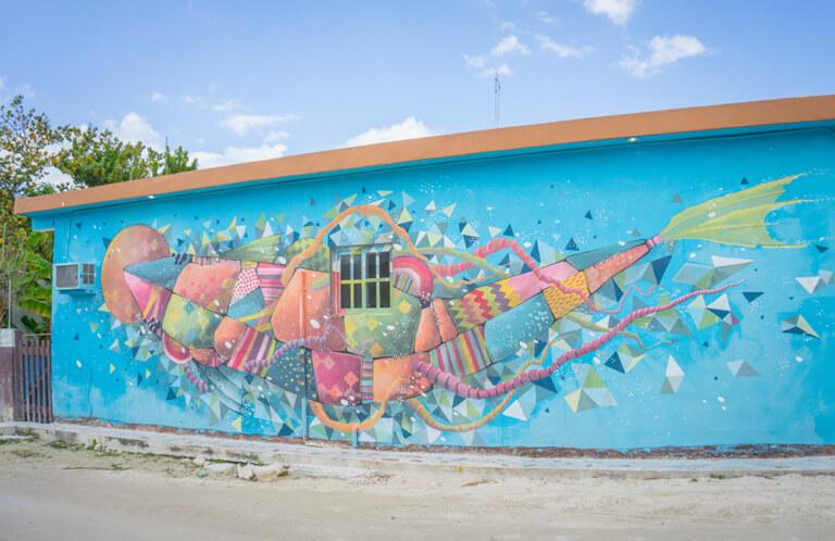 Isla Holbox Mexico street art walvishaai