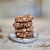 carob walnut chip cookies (gluten-free, vegan)