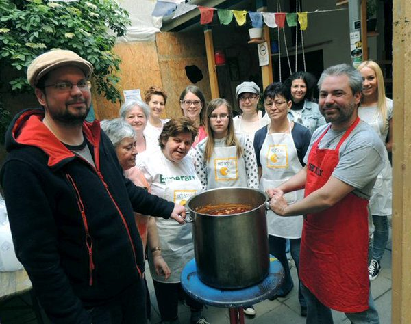 Determined Volunteers Come Together Regularly to Cook For Homeless People in Hungary