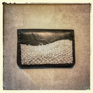 Read more about the article 5 ways for leather worker to improve product photography with iPhone