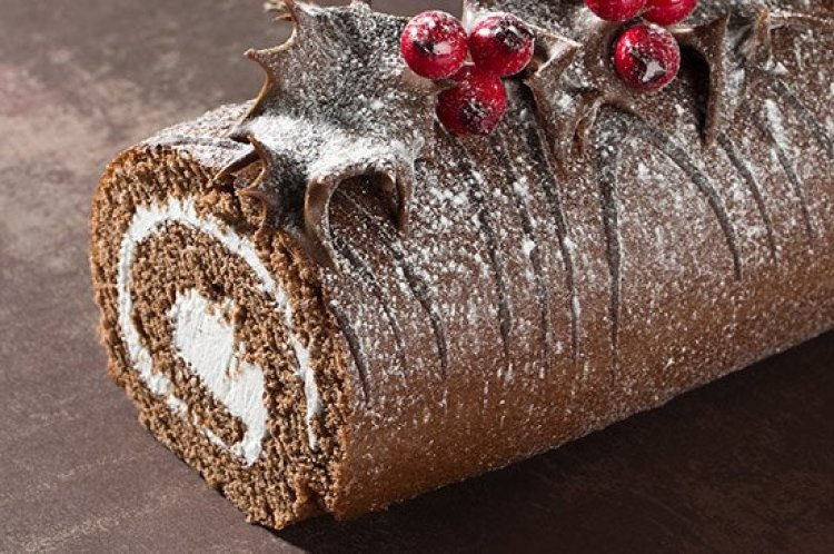 Christmas traditions, Christmas dessert Buche Noel