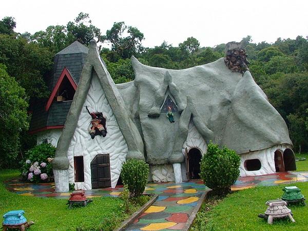 Storybook-Cottage-Homes-1