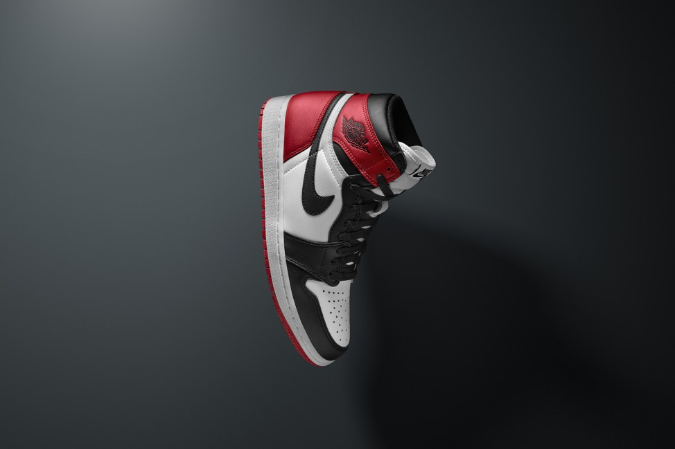air-jordan-31-air-jordan-1-black-toe-2