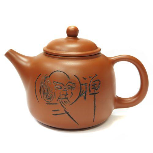 Чайник глиняный с вырезанным мудрецом
