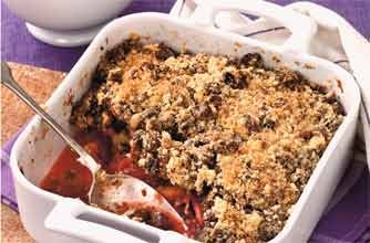 Christmas crumble pudding
