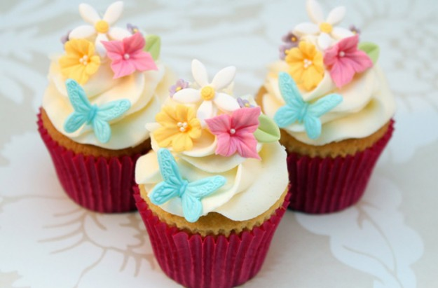 Mother's Day Floral Cupcakes Recipe