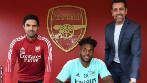 JUST IN: Arsenal Signs New Defender (Photos)