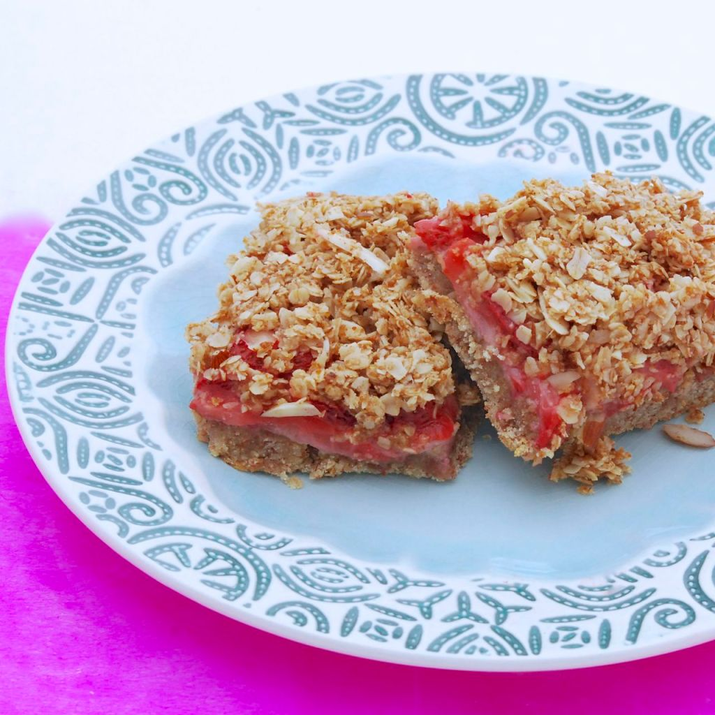 Vegan Strawberry Breakfast Bars