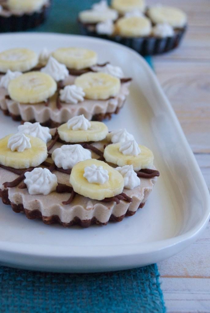Raw Banana Cream Tartelettes