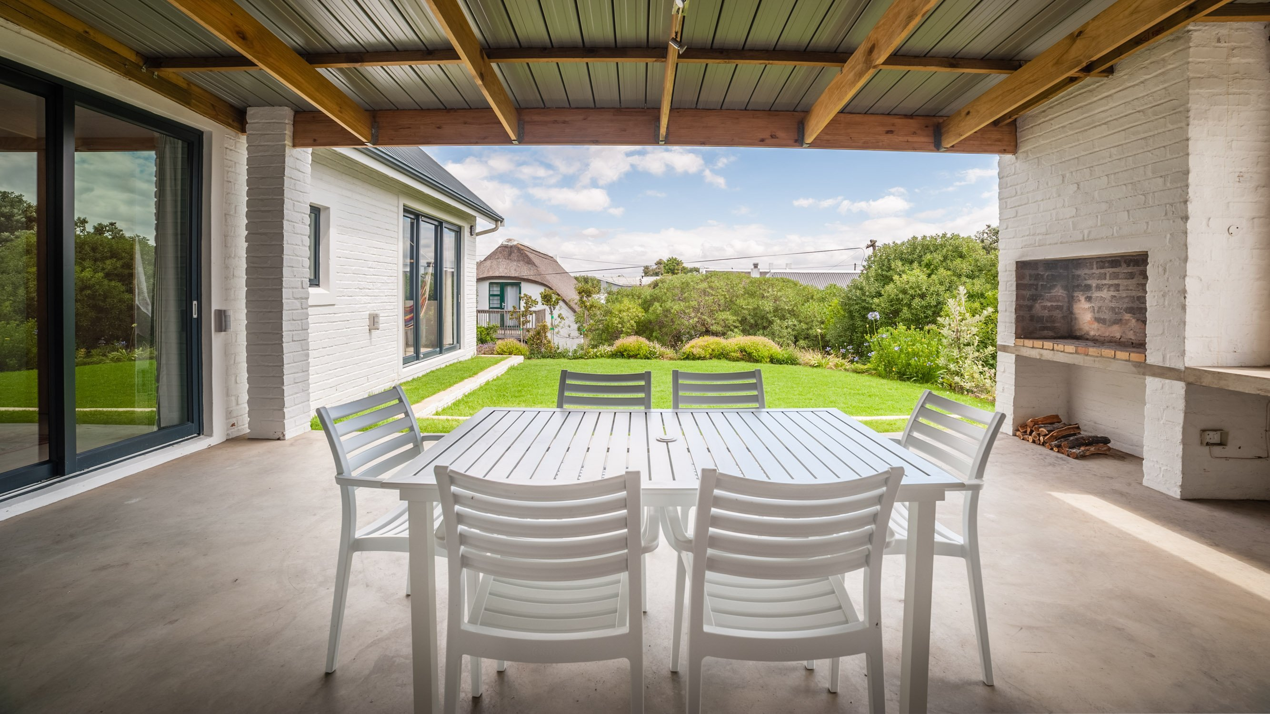 charel-schreuder-photography-property-photography-rear-patio-braai-garden-area