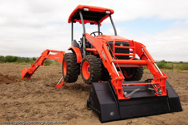 Kubota L39 Product Photography