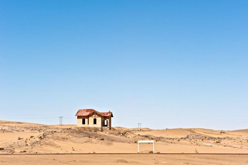 charel-schreuder-photography-landscape-photography-namibia-luderitz-Grasplatz