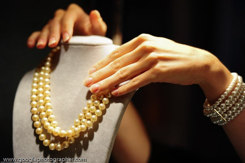Pearl Necklace Product Photography
