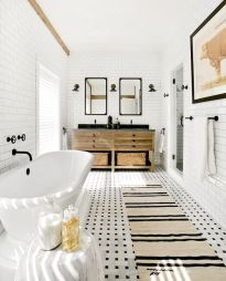 35 Stunning Modern Farmhouse Bathroom Decor Ideas Make You Relax In 2019 (33)