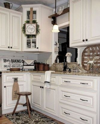 44 Best Farmhouse Kitchen Cabinets Design Ideas And Decor (12)