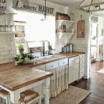 44 Best Farmhouse Kitchen Cabinets Design Ideas And Decor (31)