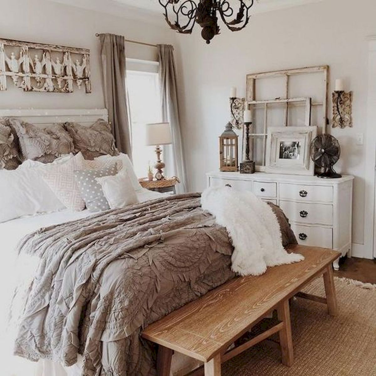 50 Awesome Farmhouse Bedroom Decor Ideas And Remodel (13)
