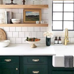 50 Beautiful Farmhouse Kitchen Sink Design Ideas And Decor (22)