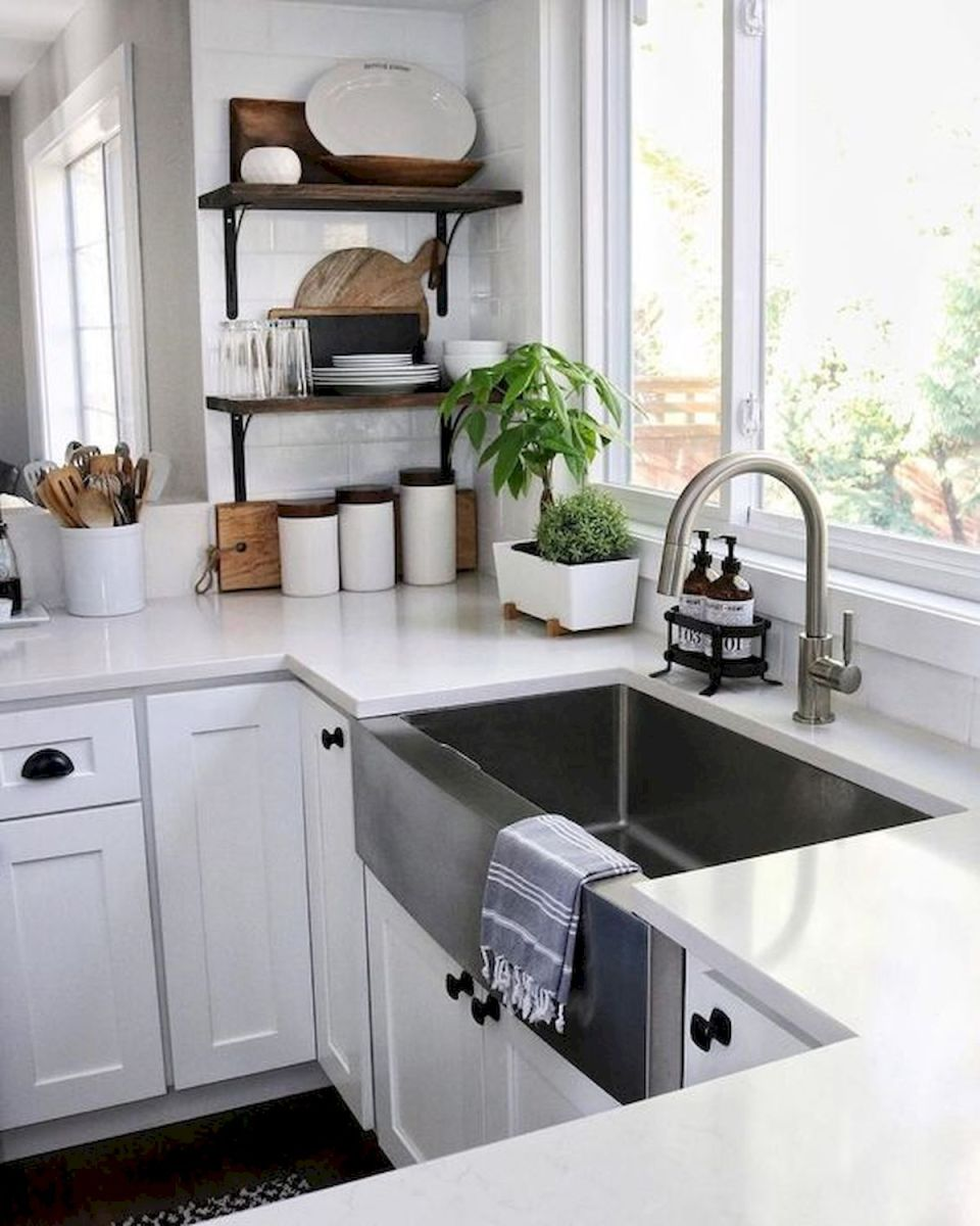 50 Beautiful Farmhouse Kitchen Sink Design Ideas And Decor