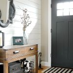 50 Best Farmhouse Entryway Design Ideas You Must Try In 2019 (15)