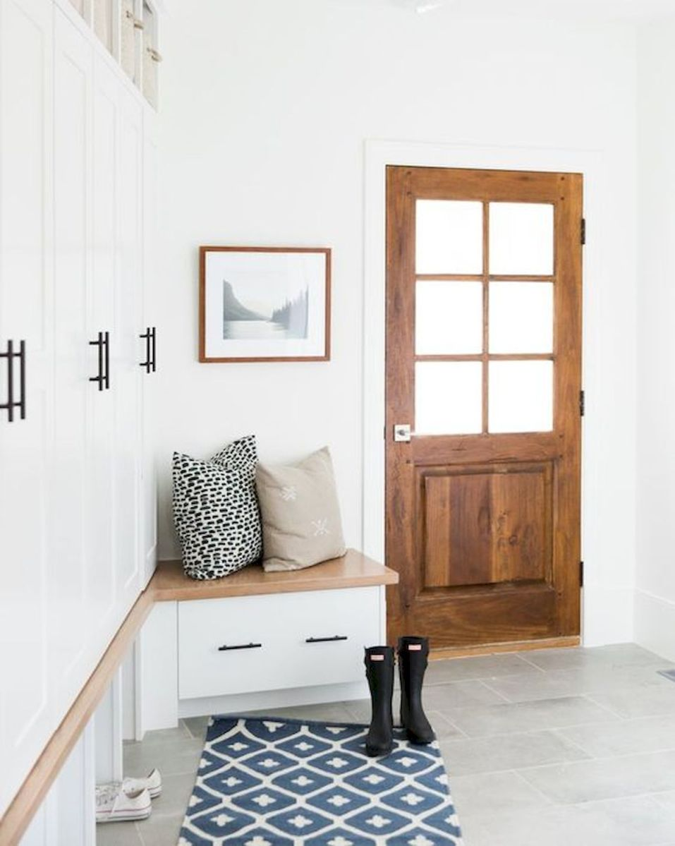 50 Best Farmhouse Entryway Design Ideas You Must Try In 2019 (44)