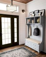 50 Stunning Farmhouse Mudroom Decor Ideas And Remodel (3)