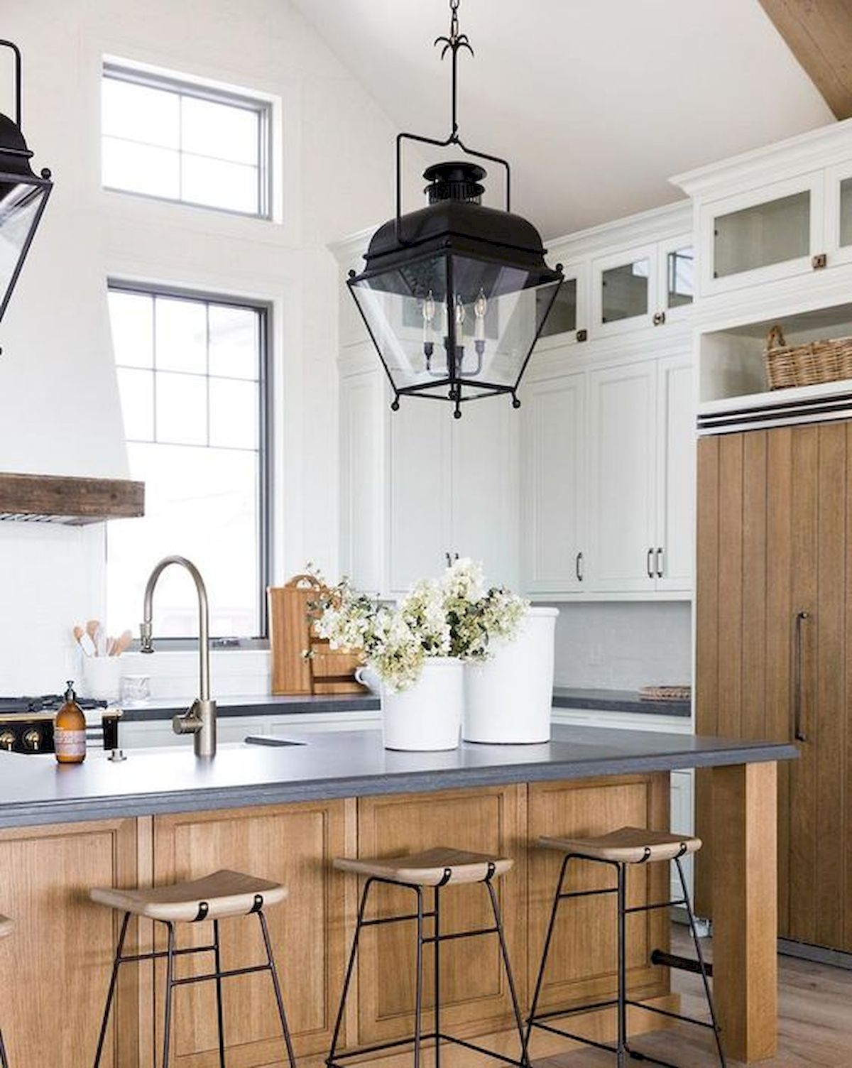 60 Great Farmhouse Kitchen Countertops Design Ideas And ... on Counter Top Decor  id=90241