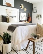 69 Best Farmhouse Bedding Decor Ideas And Remodel (25)