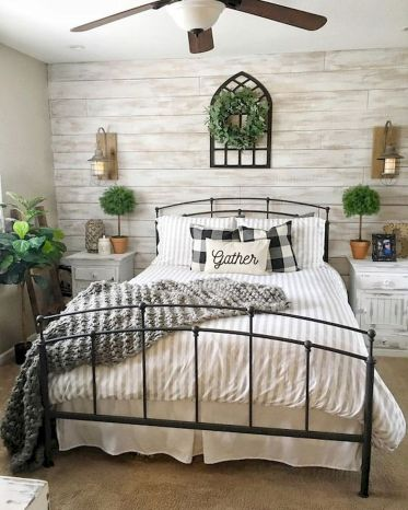 69 Best Farmhouse Bedding Decor Ideas And Remodel (26)